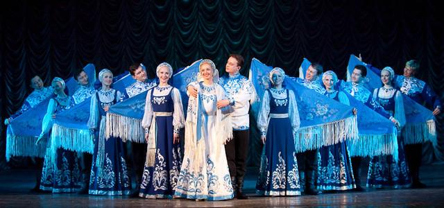 Красноярский  государственный академический  ансамбль танца Сибири им. М.  Годенко