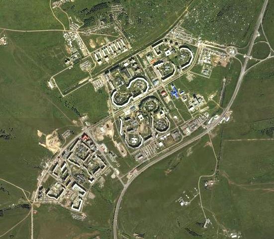 Красноярск, микрорайон «Солнечный». Город машиностроителей, заложенный в конце 1970-х. Вид сверху