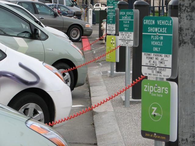 Достоинства электромобиля сегодня уже перевешивают его недостатки