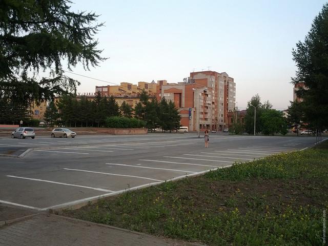 Новая парковка на Красной площади не пользуется спросом.