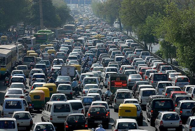 Больше дорог = больше машин