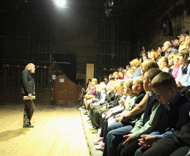 Обсуждение спектакля в Красноярском ТЮЗе