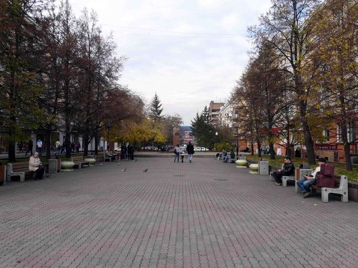 Сквер у памятника Дзержинскому. http://www.liveinternet.ru/users/nebulus/post188219963/#