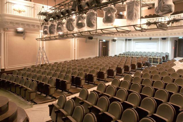 Театр ждет зрителей